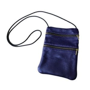 💥3/$20💥 Genuine Leather Indigo Crossbody Bag